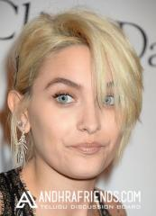 Paris Jackson Hot Hollywood Actress Pictures