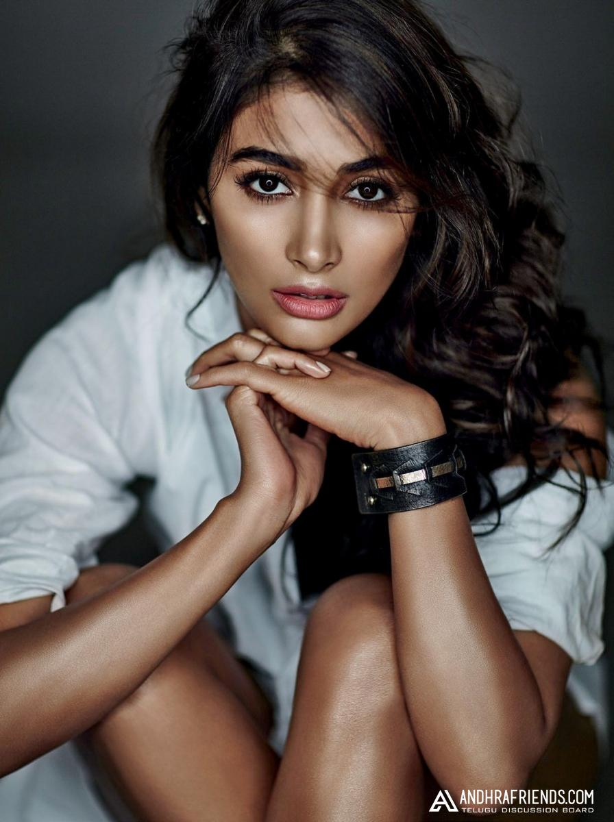 06-actress-pooja-hegde-maxim-hot-photo-shoot-ultra-hd-photos-stills
