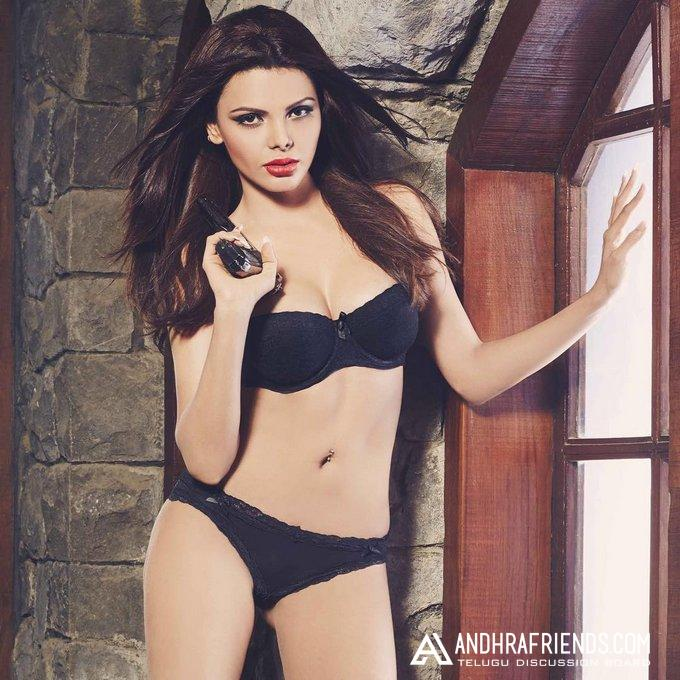 Sherlyn Chopra Hot Photos 4 Jpg